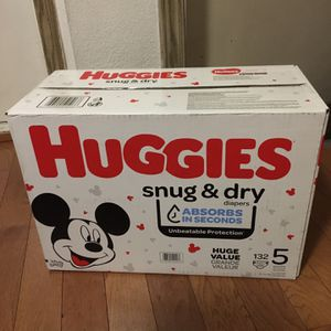 HUGGIES SIZE 4 132 pañales for Sale in Rancho Dominguez, CA