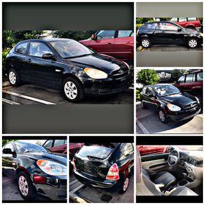 2010 Hyundai Accent GS Hatchback 2D for Sale in Miami, FL