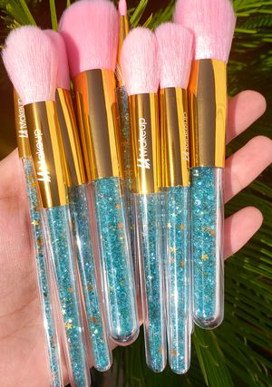 10pcs super cute pink and blue unicorn crystal glitter unicorn handle makeup brush for Sale in Los Angeles, CA