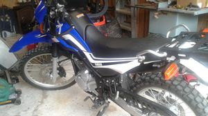 2015 Yamaha 250 xt dual sport for Sale in Dade City, FL
