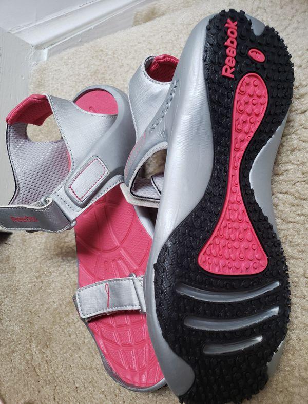 Reebok sport sandals 9