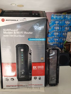 Motorola modem and wifi router for Sale in Lake Elsinore, CA