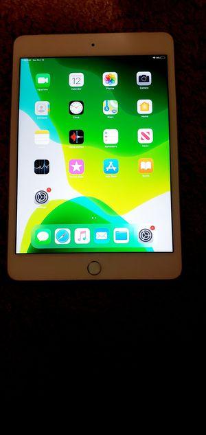 iPad mini 4 128gb iCloud unlocked like new for Sale in Washington, DC