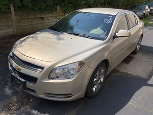2010 Chevy Malibu LT LOW MILES for Sale in Bedford Heights, OH