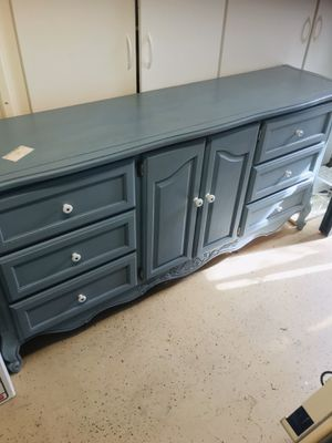 Buffet, a lot of nice storage . Chalk painted for Sale in Fresno, CA