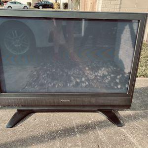 40 Inch Plasma TV for Sale in Tampa, FL