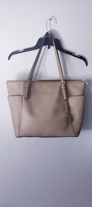 Michael Kors Purse for Sale in City of Industry, CA