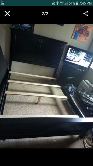 Full size bed frame for Sale in Minot, ND