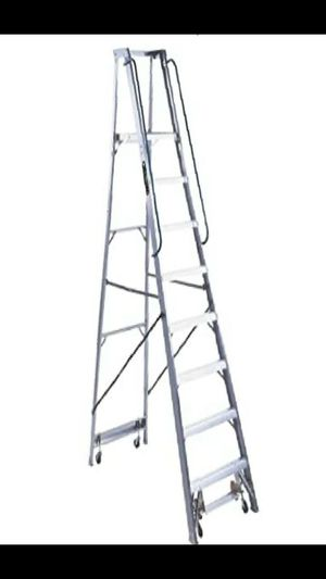 Louisville 8 foot ladder for Sale in Saint Anthony, MN