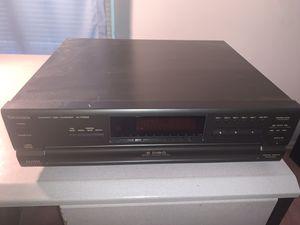 Technics Compact Disc Changer SL-PD688 for Sale in Mount Laurel Township, NJ