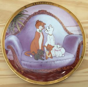 Walt Disney's The Aristocats Collectors Plate from 1995 for Sale in Fresno, CA