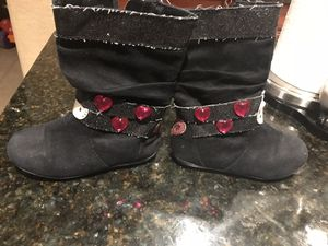Hello kitty boots size 9 toddler for Sale in Katy, TX