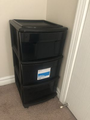 2 storage containers for Sale in Pontiac, MI
