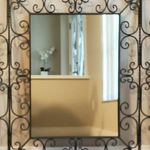 Decorative Wall Mirror for Sale in Riverview, FL