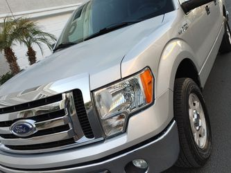 "2011 Ford F150 XLT Silver 4D ""Gorgeous"" for Sale in Phoenix,  AZ"