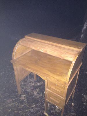 Antique desk for Sale in Sterling, VA