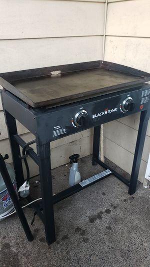 """Blackstone 2 burner 28"""" griddle for Sale in Tigard, OR"""