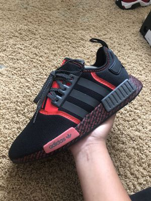 Nmd r1 new with box for Sale in Discovery Bay, CA