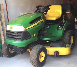 Lawn tractor for Sale in Providence, RI