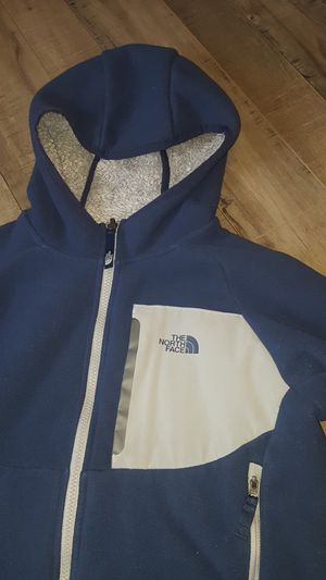 The North Face Boys Chimborazo Hoodie for Sale in Tacoma, WA