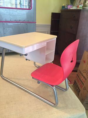 American Girl doll desk for Sale in Brentwood, TN