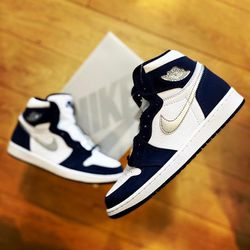 Midnight Navy 1 Size 5.5Y & 8M for Sale in Cape Coral,  FL