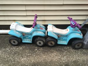 2 Frozen power wheels charger not included for Sale in Harrisburg, PA