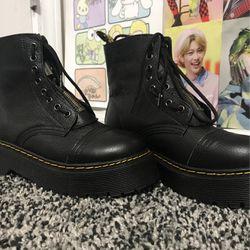 Doc Marten Sinclair Leather Platform Boots for Sale in Doraville,  GA