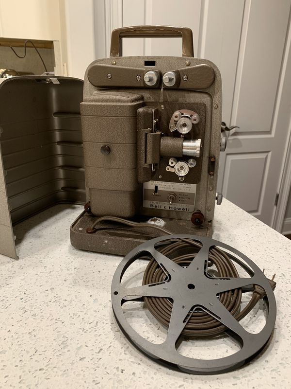 Bell & Howell 8mm projector 📽 (working)