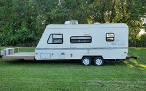 2OOO Trailer White for Sale in Plano, TX