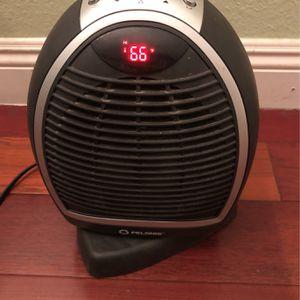 PELONIS Oscillating Digital Fan Heater for Sale in Santa Ana, CA