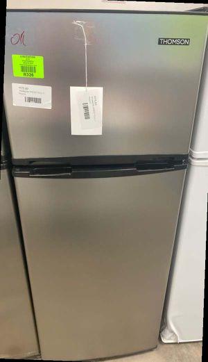 Thomson TFR725 mini fridge with freezer 🤯🤯🤯 9E for Sale in Dallas, TX