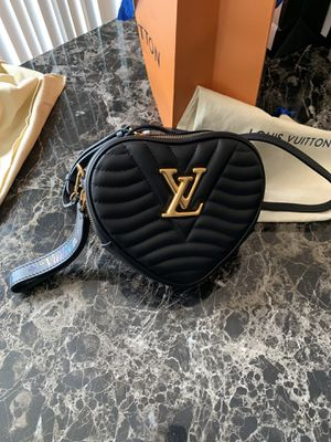 Louis Vuitton Limited edition for Sale in Reynoldsburg, OH