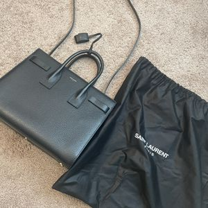 SAINT LAURENT Sac de Jour Large Handbag Purse in Grained Calfskin Black for Sale in West Bloomfield Township, MI