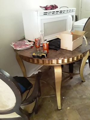 MARBLE GLASS kitchen TABLE good condition for Sale in Atlanta, GA
