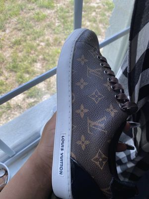 Louis Vuitton Shoes/Sneakers for Sale in St. Petersburg, FL