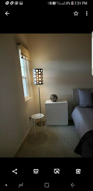Tall contemporary lamp for Sale in Redondo Beach, CA