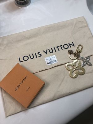Louis Vuitton charm bag/keychain for Sale in Las Vegas, NV