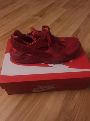 Red Nike Huarache Size 9.5 for Sale in Buena Park, CA