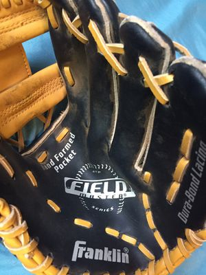 Jr. Softball Glove for Sale in San Diego, CA