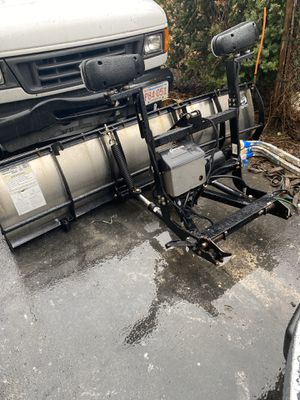 Ford F150 with PLOW and roof racks (WORK HORSE) for Sale in Malden, MA