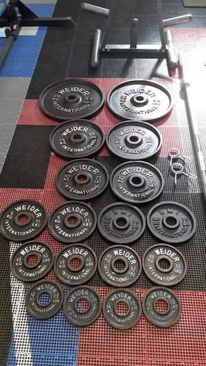 Olympic weights / barbell / pesas / gym / tree rack for Sale in Mesquite, TX