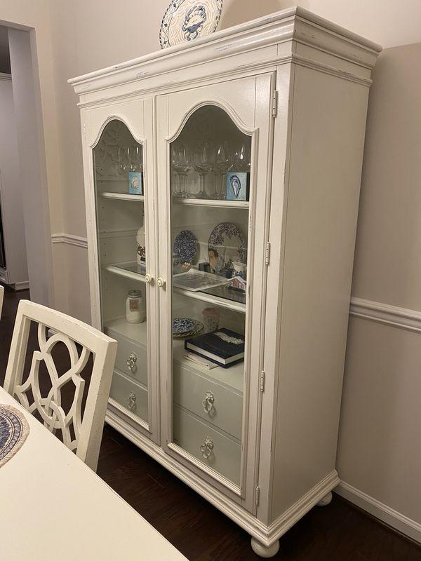 Hooker Furniture Dining Room Set