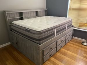 Bed with drawers and mattress for Sale in Port St. Lucie, FL