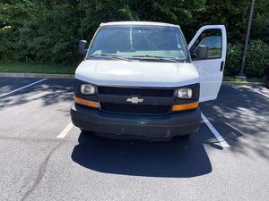 2003 Chevy Express 2500 for Sale in Mount Laurel Township, NJ