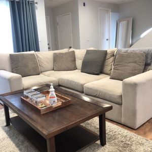 High End Comfy Couch Sectional for Sale in Los Angeles, CA