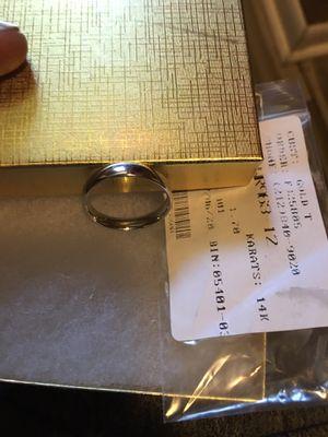 14k white gold men's wedding ring $$300 for Sale in Baton Rouge, LA