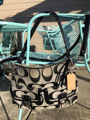 Authentic Coach Crossbody or Shoulder Bag for Sale in San Antonio, TX