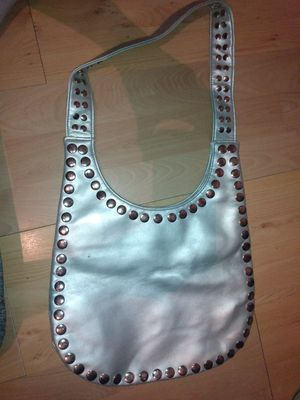 Silver purse for Sale in Louisville, KY