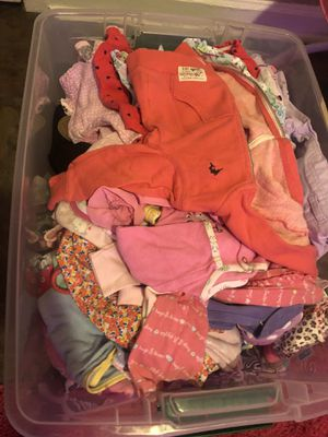 Tons of baby girl close from 0-3 to 3-6 for Sale in Amarillo, TX